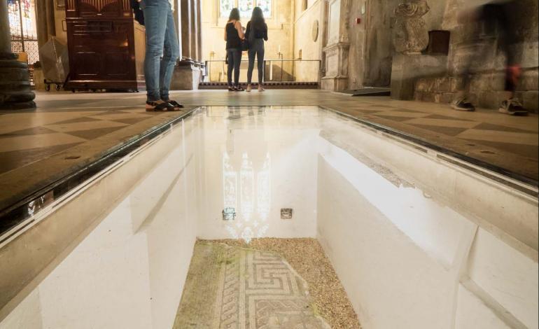 Walk-on glass over Roman Mosaic