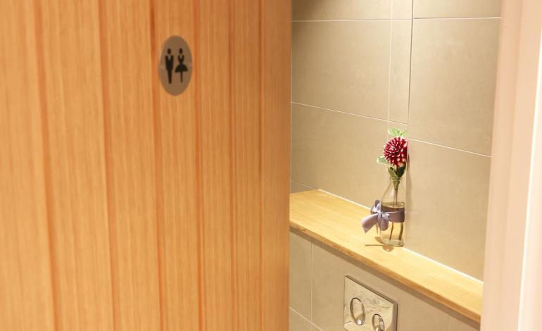 flower in toilets